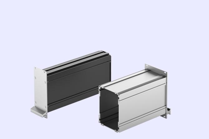 Kühlkörper, Gehäuse und Steckverbinder vom Hersteller